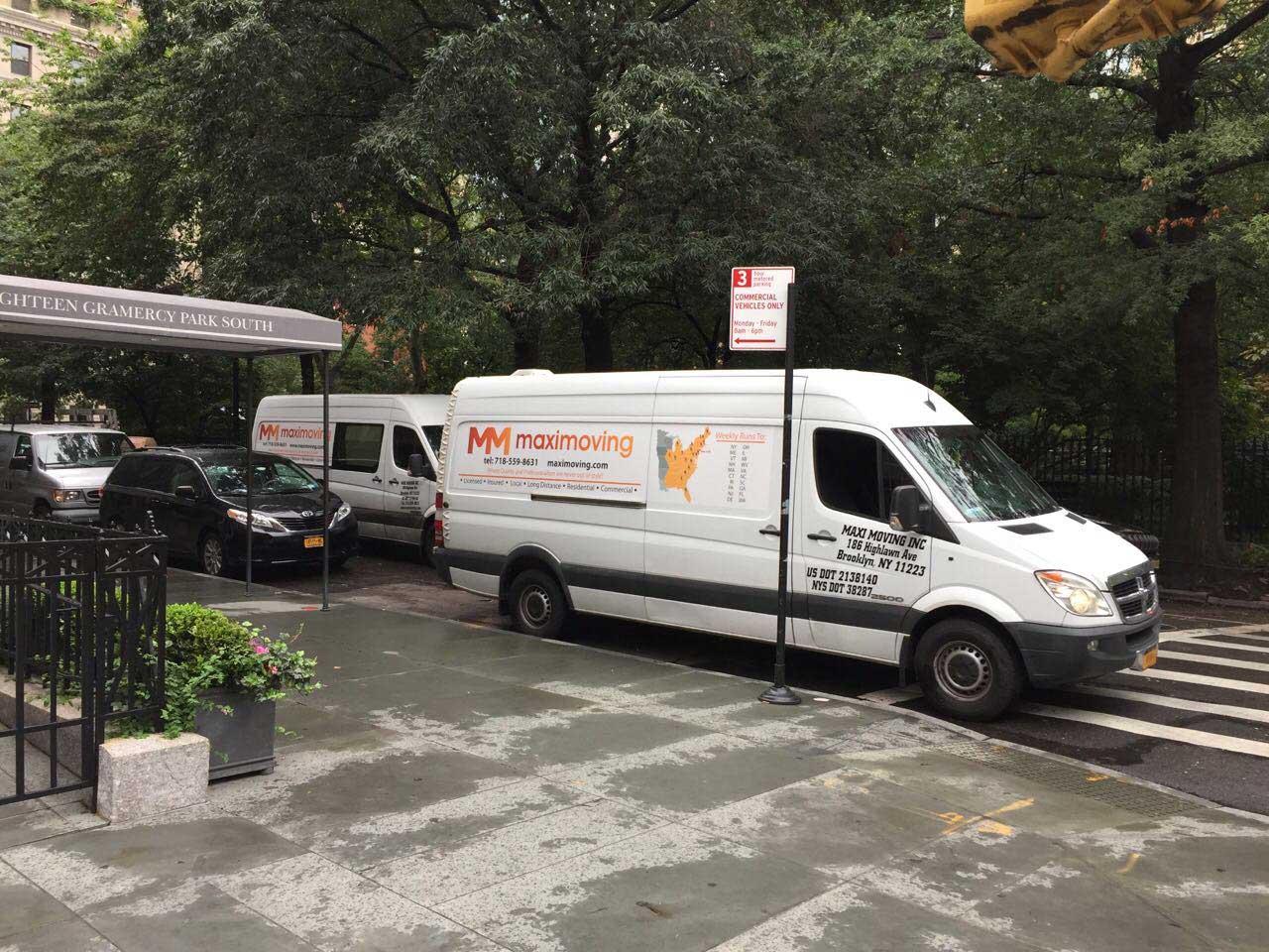 Maxi Moving